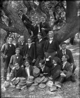 """C.U. juniors, 1899,"" group portrait with tree, University of California at Berkeley. [negative]"
