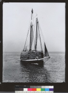 Bow view of scow transporting hay. [photographic print]