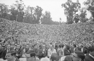 Crowd at Greek Theater.