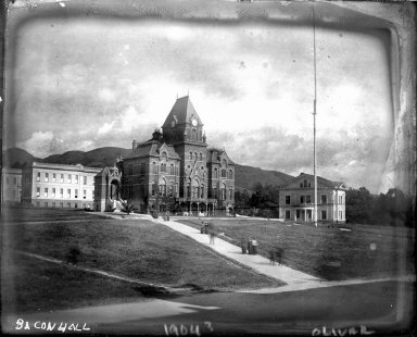 """Bacon Hall, 1904?"" University of California at Berkeley [negative]"