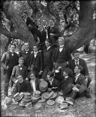 """C.U. juniors, 1899,"" group portrait with tree, University of California at Berkeley. [negative]"