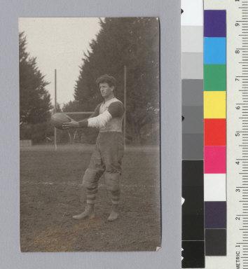 Football, player, University of California at Berkeley. [photographic print]