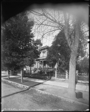 William Letts Oliver house with children on steps, 1066 12th Street, Oakland. [negative]